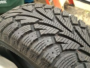 Snow tires 205/65/R15, no rims.