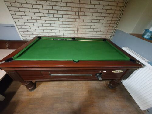 7 ft pool table with lights
