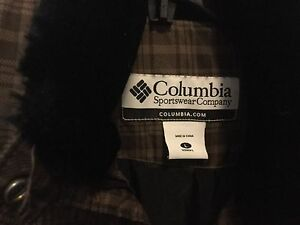 Columbia Down women's vest large London Ontario image 2