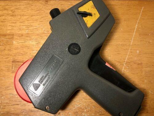 Avery Dennnsion Monarch 1110 Price Gun