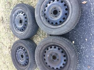 Ford Focus tires 195/60/15 on rims