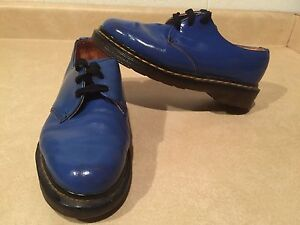 Women's Dr. Martens Shoes Size 4