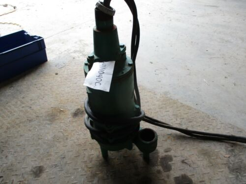 HYDROMATIC SUBMERSIBLE PUMP CAT: SPX50M7 HP:0.5 RPM:1650 208V #4111040C USED