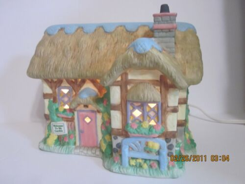 Midwest Cannon Falls Cottontail Lane 1996 Country Cottage #15752-7