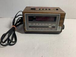 Vintage GE General Electric AM FM Radio Alarm Clock Model 7-4601A Wood Grain