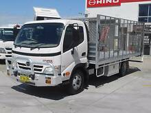 2009 Hino 300 Series 616 ** Auto Table Top ** Old Guildford Fairfield Area Preview