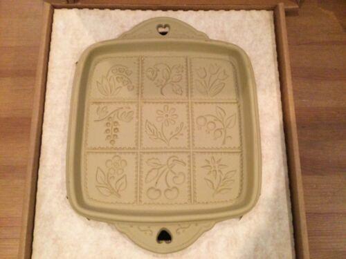 Brown Bag 1988 Cookie Art Shortbread Cookie Pan Mold Flowers & Berries Stoneware