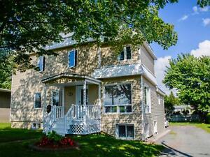 Maison - à vendre - Granby - 27353564