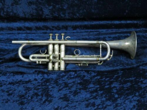 Vintage C. G. Conn 2B Silver Trumpet Ser#244079 w/Gold Wash Bell Plays Great!