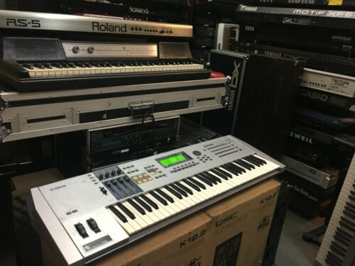 Yamaha   Motif ES6 Synthesizer 61 key keyboard  / Piano ES 6 //ARMENS//