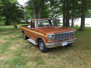 1981 Ford F-150 1/2ton 2WD