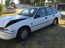 Holden Commodore vs white wrecking Albert Park Port Phillip Preview