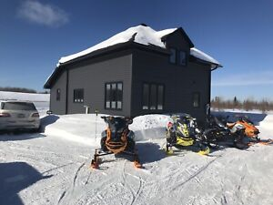 Northern Retreat for snowmobiling, hunting, vacations!