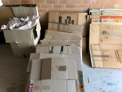11 BIG and 30 MEDIUM.    standard Packing Boxes plus!