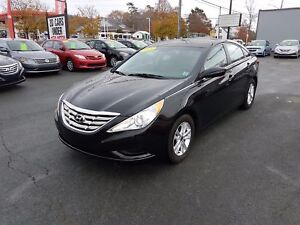 2013 Hyundai Sonata GL Auto w/ Bluetooth Heated Seats ($42 we...