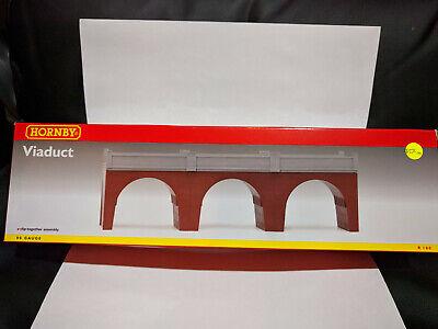 Hornby R180 Viaduct OO gauge BNIB