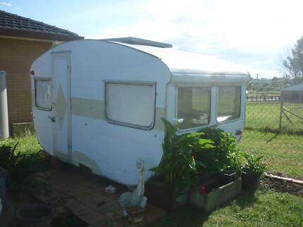 Wanted: Wanted to buy an old caravan timber or aluminium to mid 70's