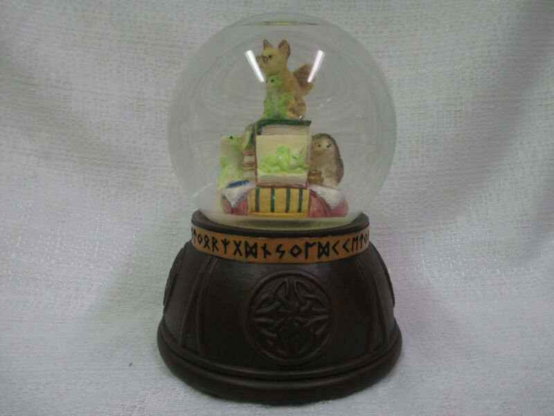 Whimsical World Of Pocket Dragons In The Library Water Globe Real Musgrave NIB