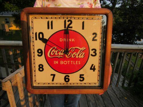 VINTAGE ORIGINAL 1930s COCA COLA ADVERTISING CLOCK WOOD BASE SELECTOCLOCK RUNS !