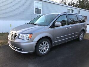 2015 CHRYSLER TOWN & COUNTRY TOURING ED.