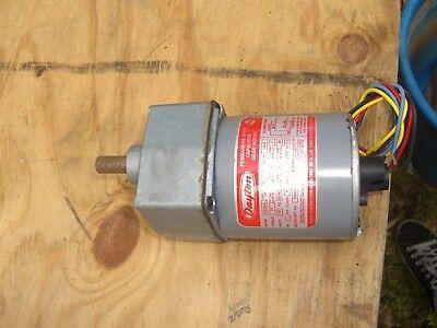 Dayton 4z082a Gear Motor 160 Hp 115 Volts 5060 Hz