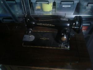 SINGER sewing machine Salisbury Plains Uralla Area Preview