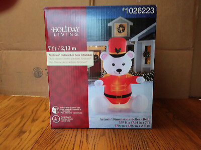 CHRISTMAS SOLDIER NUTCRACKER TEDDY BEAR  AIRBLOWN INFLATABLE 7 FT](7 Ft Teddy Bear)