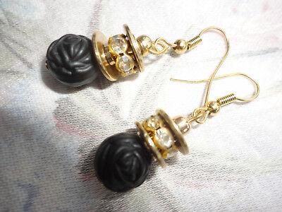 Goldplated crystals + carved black roses 7 gram 29mm drop pierced hook earrings