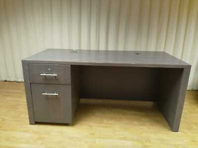 Solid Kneehole Desk – Grey