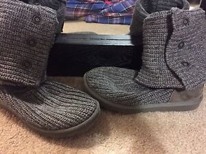 Authentic Women's Grey Knitted UGGS
