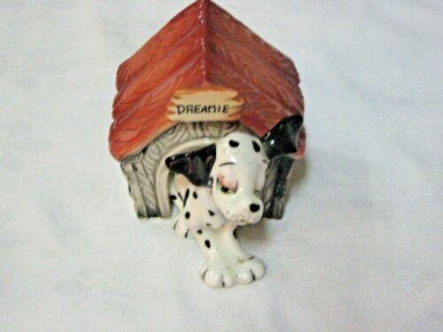 A Vintage Japanese Ceramic Novelty Dreamie Dog & Kennel Pepper & Salt Shaker Set