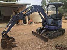 Komatsu pc28 mini excavator Cavan Salisbury Area Preview