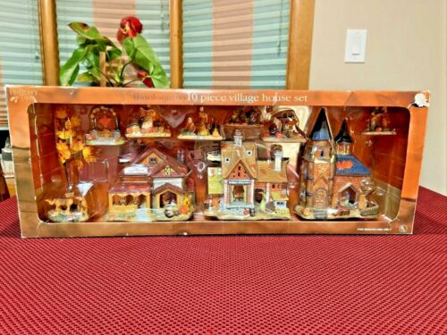 Vintage Holiday Time Thanksgiving 10 PC Village House Set Hand Painted W/ Light