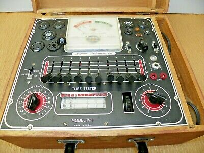 Vintage Superior Instrument Co. Model Tv-11 Vacuum Tube Tester Wood Cabinet