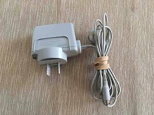 Genuine Nintendo brand 3DS wall charger Kardinya Melville Area Preview