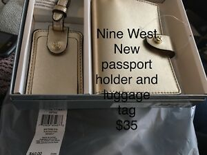 New Nine West gift set passport and luggage tag