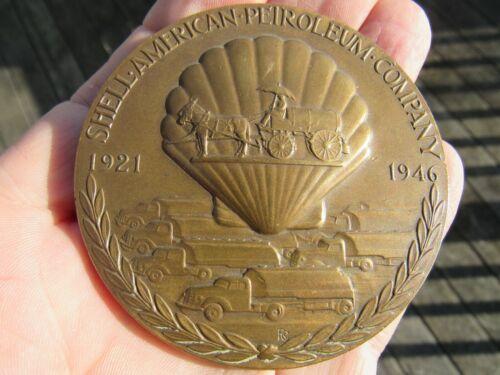 ORIGINAL 1921 - 1946 QUARTER CENTURY OF SERVICE SHELL OIL ADVERTISING MEDALLION
