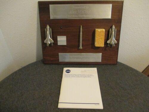 NASA SHUTTLE MGR. SERVICE PLAQUE + REPORT - W/SHUTTLE TANK FOAM/RS-25 SSME PARTS