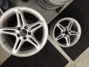 4 mags volvo 17 pouces 5x108