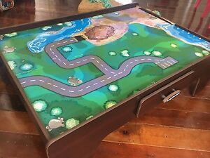 BARGAIN TRAIN PLAY TABLE Red Hill Brisbane North West Preview