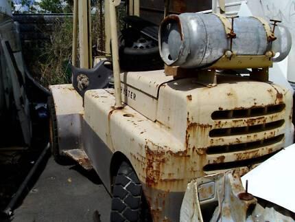 Forklift Hyster H80C Needs steering column