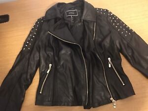 Le Chateau Genuine leather woman jacket size extra small