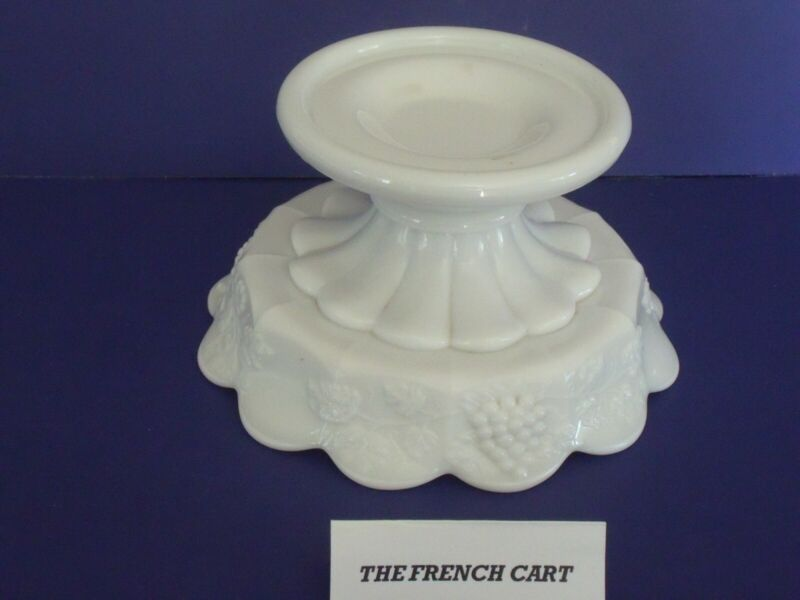 Westmoreland Paneled Grape Milk Glass Punch Bowl Stand, Great condition 4 1/2""