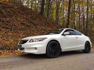 2012 Honda Accord V6 Coupe ** FULLY LOADED** 40,000kms