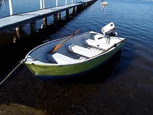 Aluminium boat and motor Tascott Gosford Area Preview