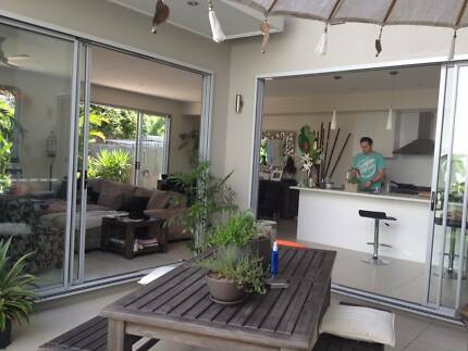 Beautiful Retreat House - 5 mins from the beach