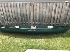 16ft Canoë with trolling motor