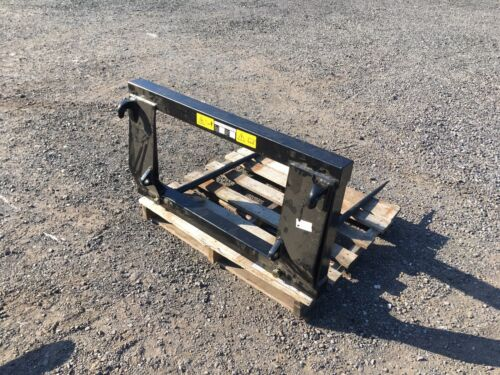 TRACTOR BALE SPIKE / FORKS, EURO BRACKETS, BRAND NEW, Plus Vat,