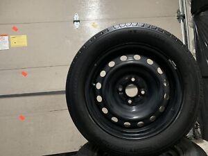 4 pneus d'été Michelin 185 60 15 +jantes (  une saison d'usure)