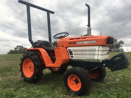 Kubota Tractor Hoddles Creek Yarra Ranges Preview